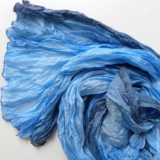 """Шарфы и шарфики ручной работы. Ярмарка Мастеров - ручная работа. Купить Шелковый шарф голубой батик """"Морской Бриз""""палантин  шелк 100%. Handmade."""