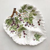 Посуда handmade. Livemaster - original item Painted porcelain Menazhnitsa Raspberry. Handmade.