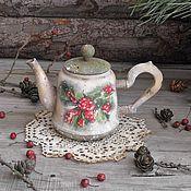"""Для дома и интерьера ручной работы. Ярмарка Мастеров - ручная работа """"Кельтская ягода остролист"""" Интерьерный чайничек. Handmade."""