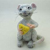 Куклы и игрушки ручной работы. Ярмарка Мастеров - ручная работа Весёлая Мышка, валяная игрушка мышь. Handmade.