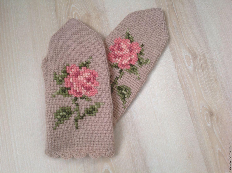Вязание вышивка на варежках