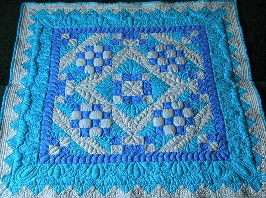 Готовая работа. Лоскутное детское одеяло, в шитье использованы отличного качества ткани для пэчворка американского производства.
