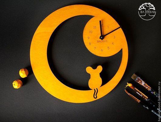 """Часы для дома ручной работы. Ярмарка Мастеров - ручная работа. Купить Настенные часы из дерева """"Мышка"""". Handmade. Мышка, Декор"""