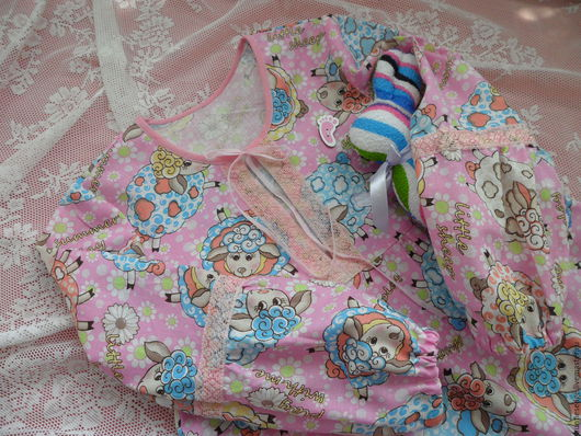 """Одежда для девочек, ручной работы. Ярмарка Мастеров - ручная работа. Купить Ночная рубашка для девочки """"Маленькая овечка"""". Handmade. Розовый"""