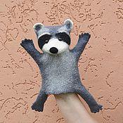 """Куклы и игрушки ручной работы. Ярмарка Мастеров - ручная работа игрушка валяная """"Енотик"""" на руку. Handmade."""