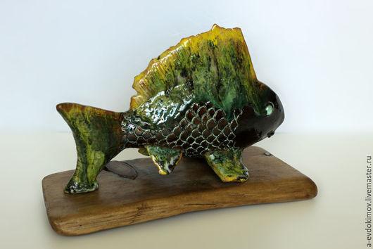 Статуэтки ручной работы. Ярмарка Мастеров - ручная работа. Купить Рыба. Handmade. Разноцветный, подарок, ceramics, глазурь
