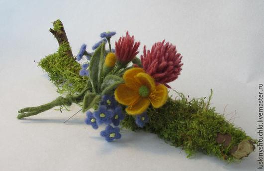 Броши ручной работы. Ярмарка Мастеров - ручная работа. Купить Брошь Полевые цветы (клевер, лютик, незабудки). Handmade. Разноцветный