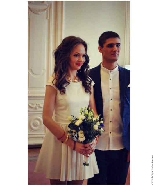 Платья ручной работы. Ярмарка Мастеров - ручная работа. Купить Короткое белое платье на свадьбу. Handmade. Свадебное платье
