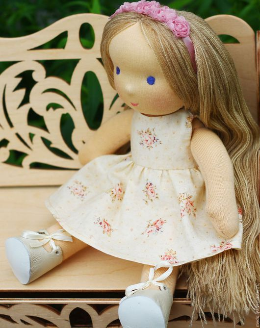 Вальдорфская игрушка ручной работы. Ярмарка Мастеров - ручная работа. Купить Вальдорфская кукла с гардеробом (31 см). Handmade.