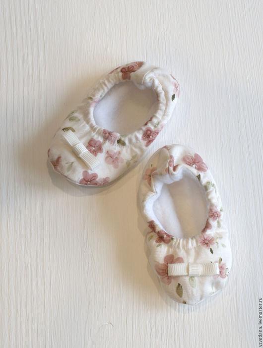Детская обувь ручной работы. Ярмарка Мастеров - ручная работа. Купить Пинетки. Handmade. Комбинированный, тапочки для детей, хлопок