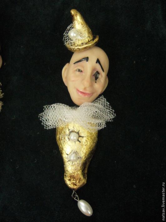 """Броши ручной работы. Ярмарка Мастеров - ручная работа. Купить Брошь """"Пьеро"""". Handmade. Сувениры и подарки, пьеро, юмор, золотой"""