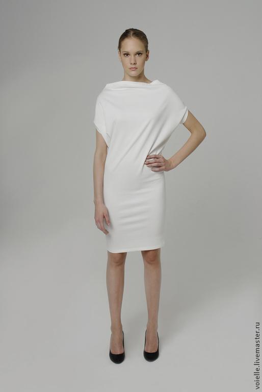 Платье трансформер белое женское MustHave из джерси вискоза хлопок, платье длиной до колен свободного кроя, комфортное, удобное, платье на каждый день, повседневное, универсальное вырез лодочка в офис