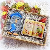 Косметика ручной работы. Ярмарка Мастеров - ручная работа Набор мыла на 1 сентября с книгой в подарок учителю. Handmade.