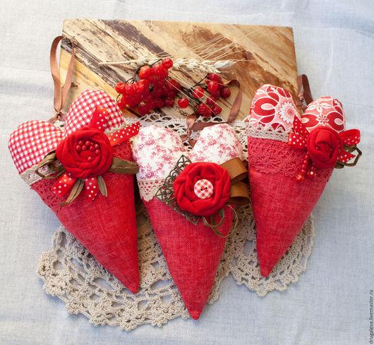 Комплекты аксессуаров ручной работы. Ярмарка Мастеров - ручная работа. Купить Тильда сердечки Красный лен, Интерьерные подвески. Handmade.
