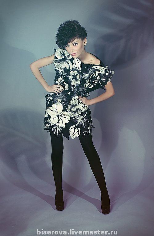 Платья ручной работы. Ярмарка Мастеров - ручная работа. Купить Дизайнерское платье из войлока в цветах. Handmade. Войлок, цветочный, платье