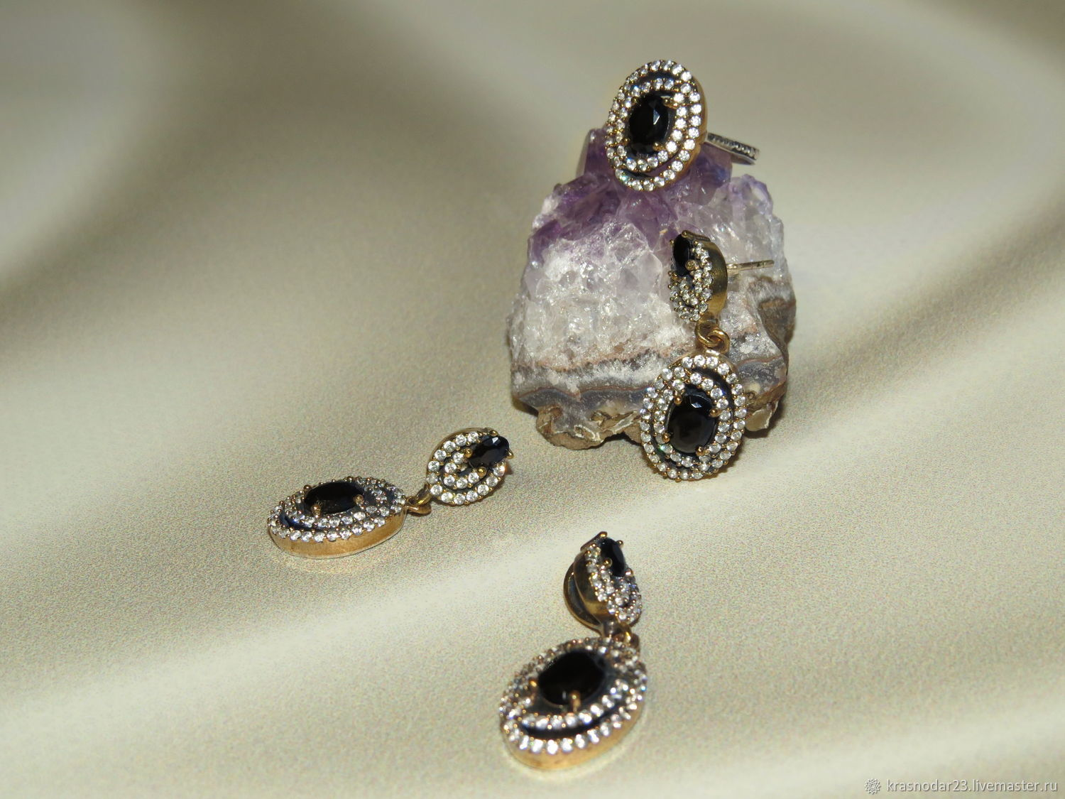 a set of 925 sterling silver embellished with black onyx and zircons