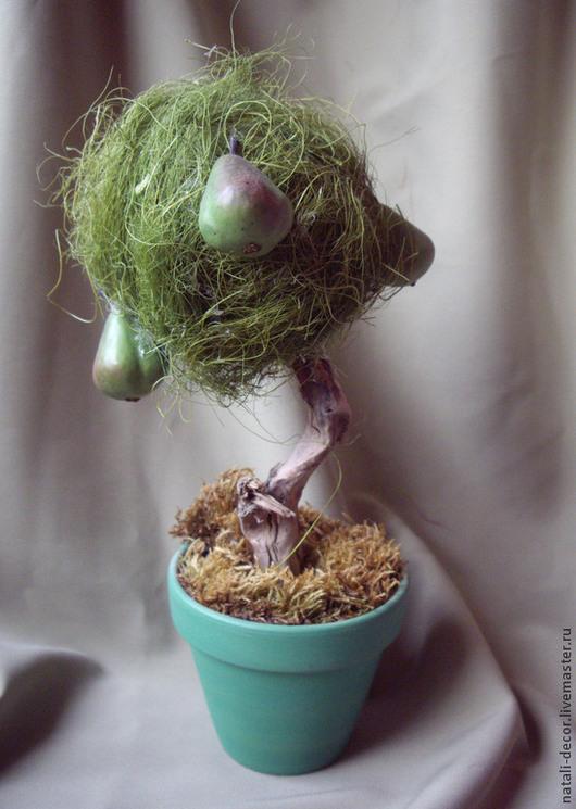 """Статуэтки ручной работы. Ярмарка Мастеров - ручная работа. Купить флористическое деревце """"Груша"""". Handmade. Зеленый, дерево, груша, сказка"""