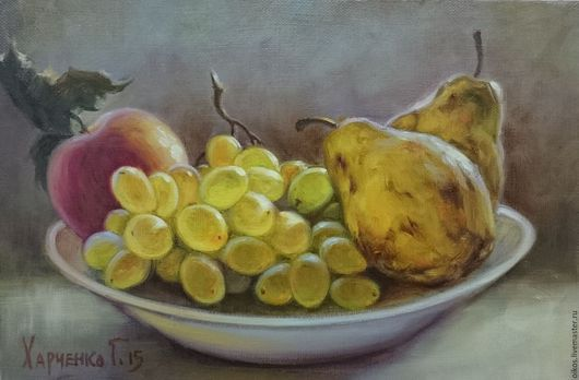 Натюрморт ручной работы. Ярмарка Мастеров - ручная работа. Купить Реалистичный натюрморт маслом на холсте - груши, виноград, яблоко. Handmade.