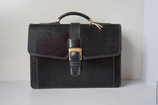Мужские сумки ручной работы. Ярмарка Мастеров - ручная работа. Купить Чёрный портфель из толстой кожи. Handmade. Черный