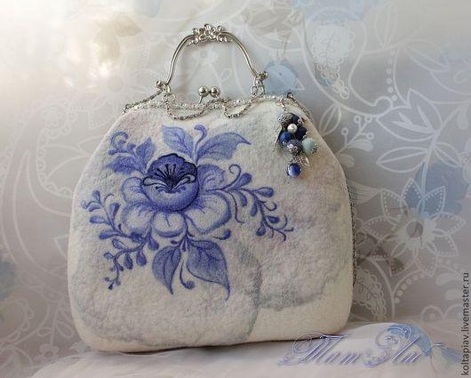 """Женские сумки ручной работы. Ярмарка Мастеров - ручная работа. Купить Войлочная сумка """"Синие цветы"""". Handmade. Голубой"""