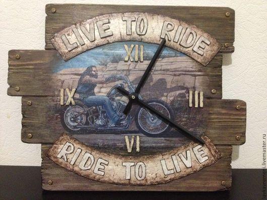 """Часы для дома ручной работы. Ярмарка Мастеров - ручная работа. Купить Часы """"Дух дороги!"""". Handmade. Байкер, часы для дома"""
