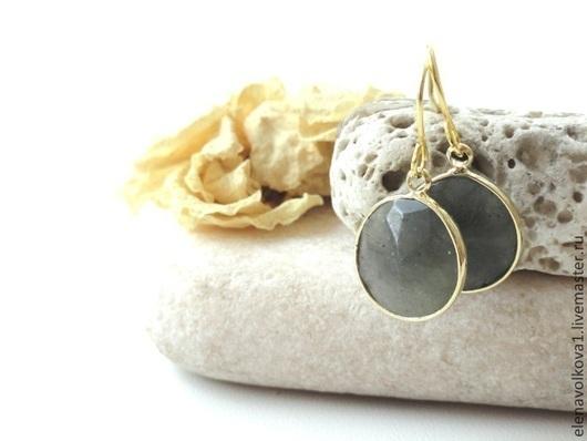 серьги с камнями позолота серьги с маленькими камнями серьги маленькие на каждый день серьги легкие позолота стильные серьги красивые серьги с камнями подарок женщине подарок девушке подарок
