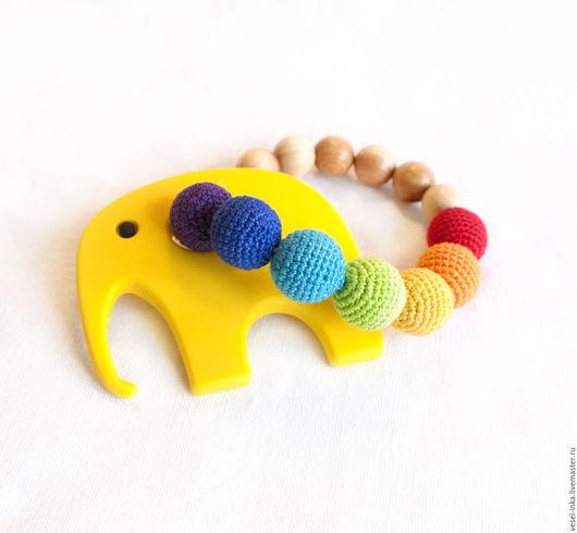 Грызунок-прорезыватель желтый Слоник, можжевеловый грызунок, разъемный грызунок. Ярмарка Мастеров - ручная работа. Первая игрушка малыша.