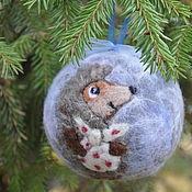 """Подарки к праздникам ручной работы. Ярмарка Мастеров - ручная работа """"Ежик у тумане"""" елочный шар. Handmade."""
