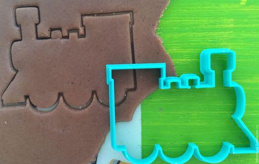 Кухня ручной работы. Ярмарка Мастеров - ручная работа. Купить Форма для печенья Паровоз. Handmade. Разноцветный, формочка для печенья