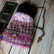 Аксессуары ручной работы. Ярмарка Мастеров - ручная работа Вязанная шапка с помпоном из енота. Handmade.