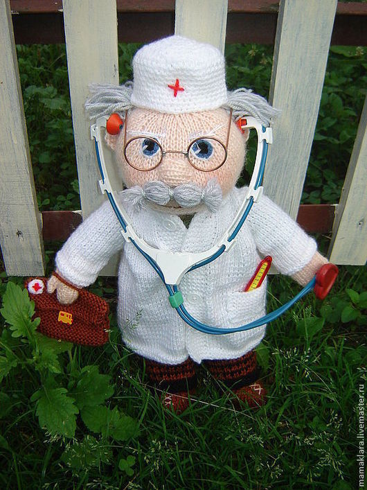 Человечки ручной работы. Ярмарка Мастеров - ручная работа. Купить Кукла доктор Айболит. Handmade. Белый, лечить, синтепух