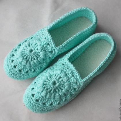 """Обувь ручной работы. Тапочки домашние """"Кружева"""". Madame Boots. Ярмарка Мастеров. Тапочки, тапочки для девочки, вязаные тапочки"""