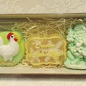 Косметика ручной работы. Ярмарка Мастеров - ручная работа набор мыла дед мороз+петушок+счастья в новом году. Handmade.
