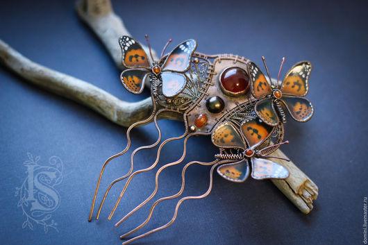 """Заколки ручной работы. Ярмарка Мастеров - ручная работа. Купить Гребень """"Июльский полдень"""". Handmade. Оранжевый, гребень с бабочками, мед"""