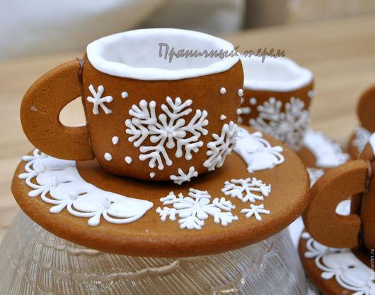 """Кулинарные сувениры ручной работы. Ярмарка Мастеров - ручная работа. Купить """"Снежинки"""" - пряничные чашечки для кофе или чая. Handmade."""