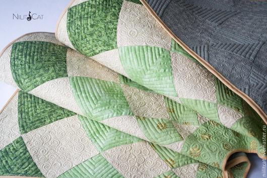 """Новый год 2017 ручной работы. Ярмарка Мастеров - ручная работа. Купить Покрывало на крестовину елки"""" С зеленым"""". Handmade. Зеленый"""