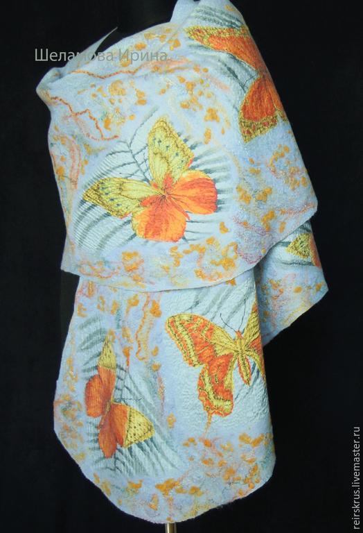 """Шали, палантины ручной работы. Ярмарка Мастеров - ручная работа. Купить Палантин, шаль """"Бабочки"""". Handmade. Голубой, солнечный"""