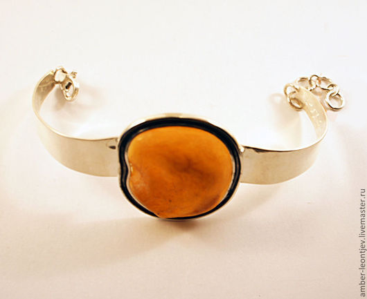 """Браслеты ручной работы. Ярмарка Мастеров - ручная работа. Купить Браслет """"Необработанная капля янтаря"""" из комплекта в черненом серебре. Handmade."""
