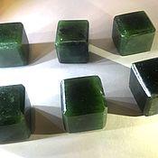 Камни ручной работы. Ярмарка Мастеров - ручная работа Кубики для виски из нефрита (6 шт). Handmade.