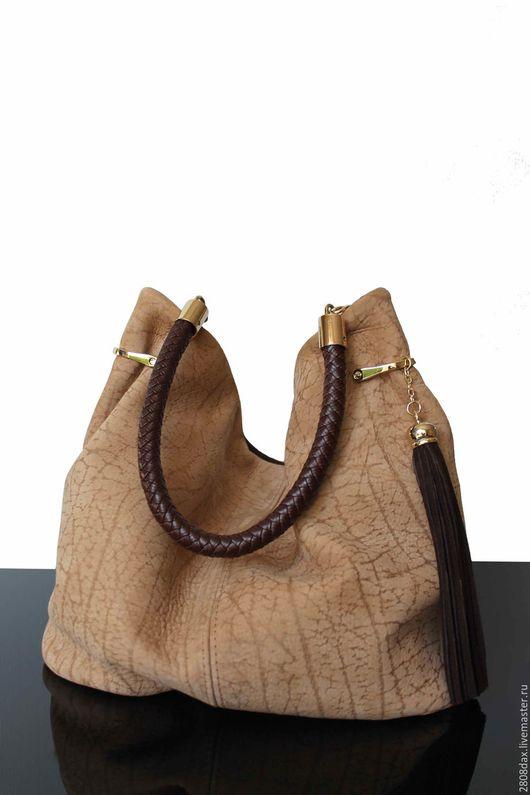 """Женские сумки ручной работы. Ярмарка Мастеров - ручная работа. Купить """"Granville бежевый"""" Замшевая сумка, хобо, бежевая сумка. Handmade."""