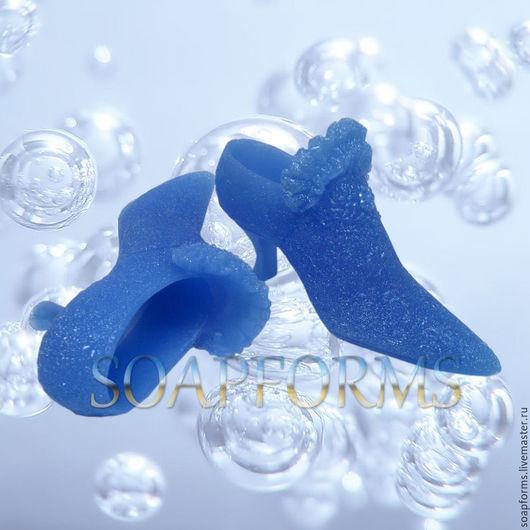 Силиконовая форма для мыла `Туфелька` (на фото работа выполненная в мыле)
