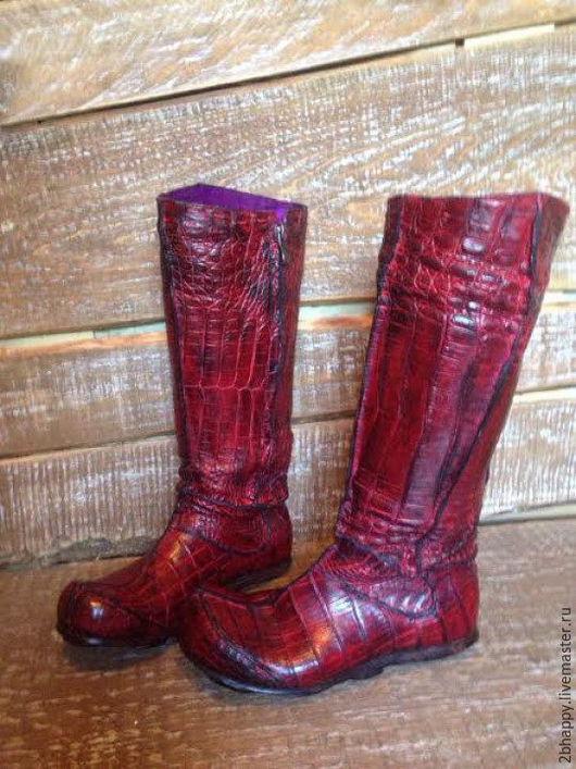 Обувь ручной работы. Ярмарка Мастеров - ручная работа. Купить Сапоги из кожи крокодила ЭТНО-ШИК. Handmade. Бордовый