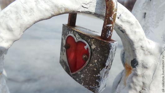 Фотокартины ручной работы. Ярмарка Мастеров - ручная работа. Купить СЕРДЦЕ НА ЗАМОК. Фотокартина. Handmade. Ярко-красный, сердце