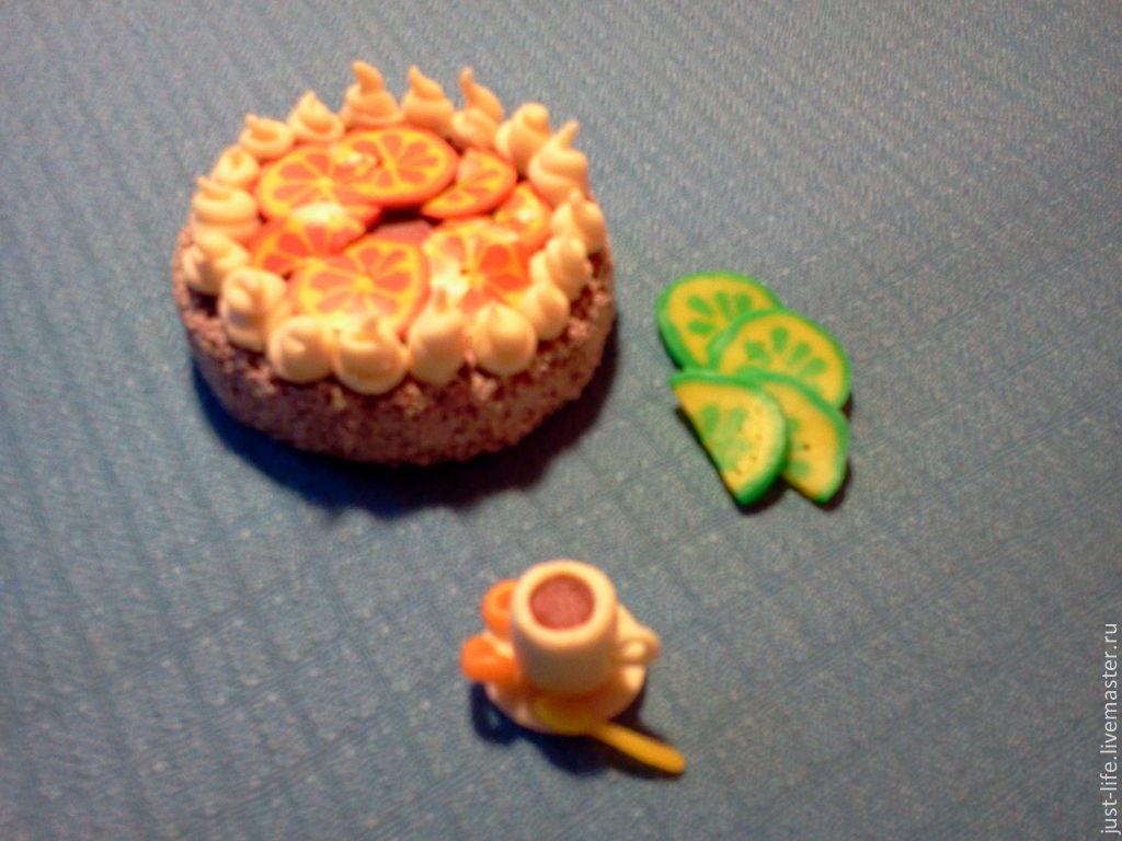 Видео как сделать из пластилина тортик