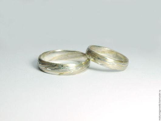Кольца ручной работы. Ярмарка Мастеров - ручная работа. Купить Обручальные кольца в технике Мокуме Гане. Handmade. Комбинированный, золото
