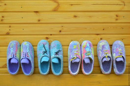 Обувь ручной работы. Ярмарка Мастеров - ручная работа. Купить Тапки-кеды. Handmade. Комбинированный, валяные тапочки