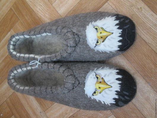 Обувь ручной работы. Ярмарка Мастеров - ручная работа. Купить Домашние тапочки из натуральной овечьей шерсти Орлы. Handmade. Серый