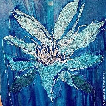 """Картины и панно ручной работы. Ярмарка Мастеров - ручная работа Картина из шелка, """"Синий лотос"""". Handmade."""