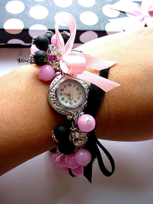"""Часы ручной работы. Ярмарка Мастеров - ручная работа. Купить Часы """"Розовый Бархат"""". Handmade. Розовый, шунгит, дымка, бантики"""
