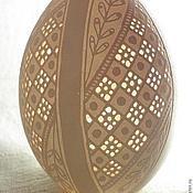 Подарки к праздникам ручной работы. Ярмарка Мастеров - ручная работа Новогодняя игрушка (декорированое гусиное яйцо). Handmade.